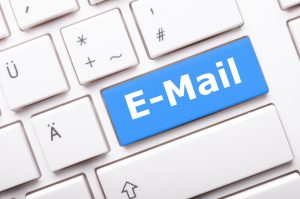email posta elettronica tastiera